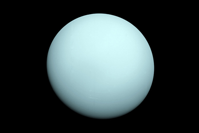 Top 5 Weird Facts About Mysterious Uranus: Photos