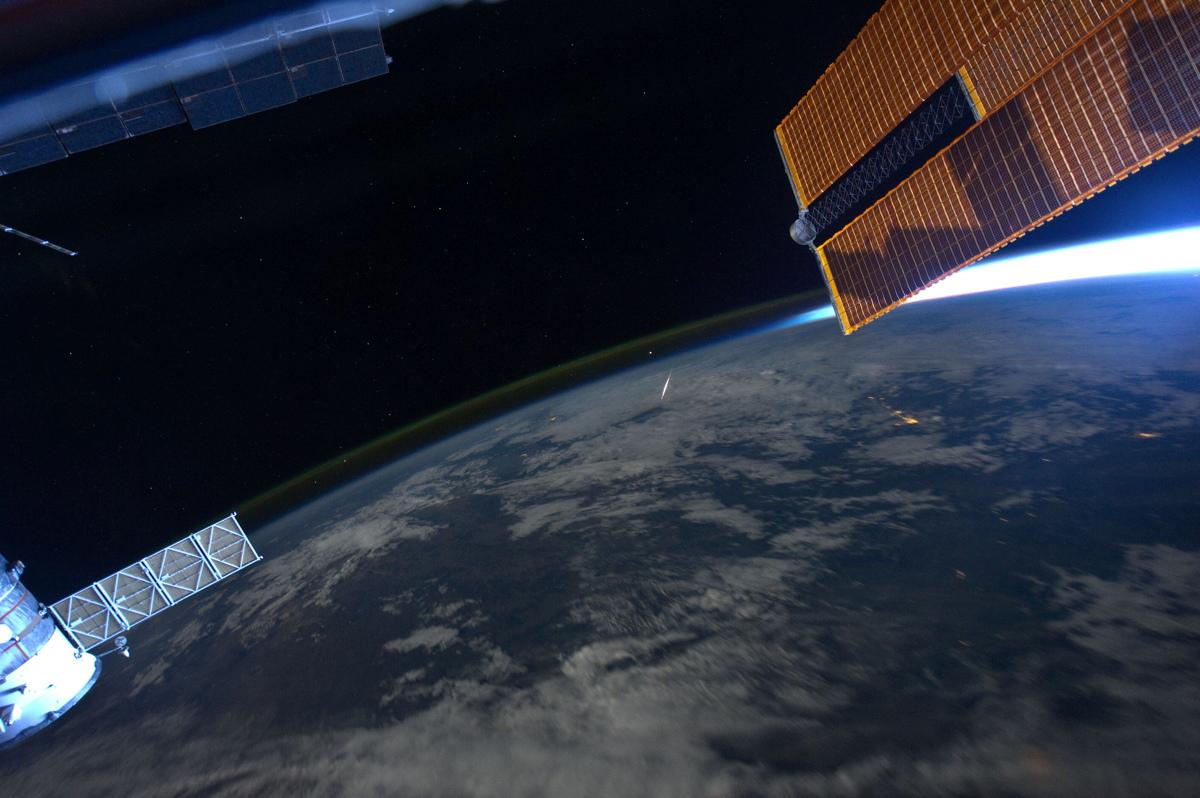 2011 Perseid Meteor Shower Seen in Space