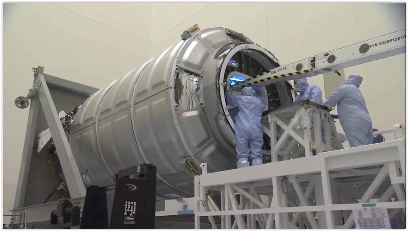 Cygnus CRS-6 Loading