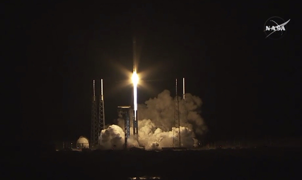 Cygnus Rises into Florida Skies