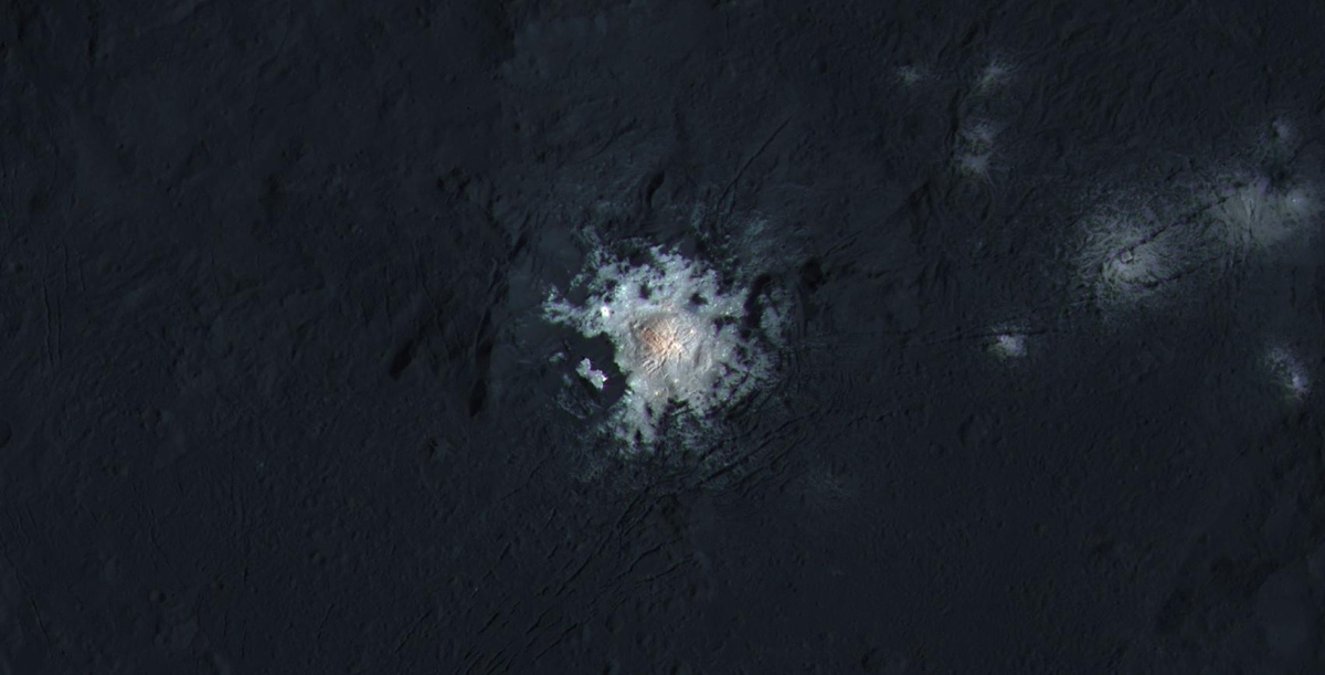 Center of Occator Crater in Enhanced Color
