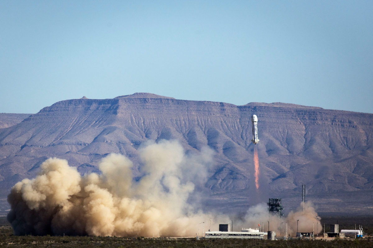 Blue Origin Launch Photos: Reusable New Shepard Rocket's 3rd Test Flight