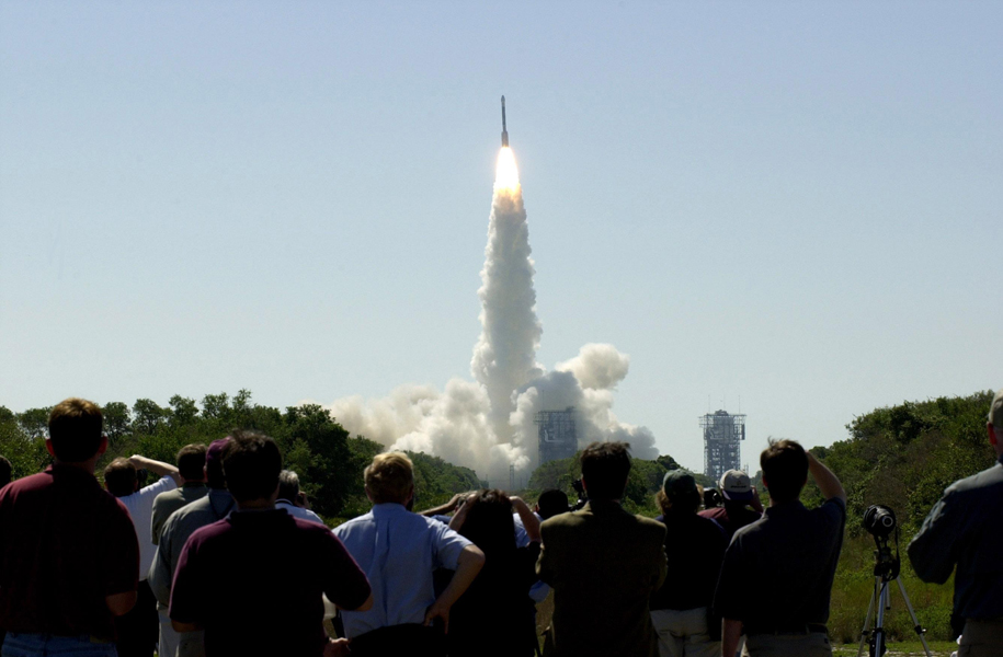 Boeing Delta II Rocket Lift Off in 2001