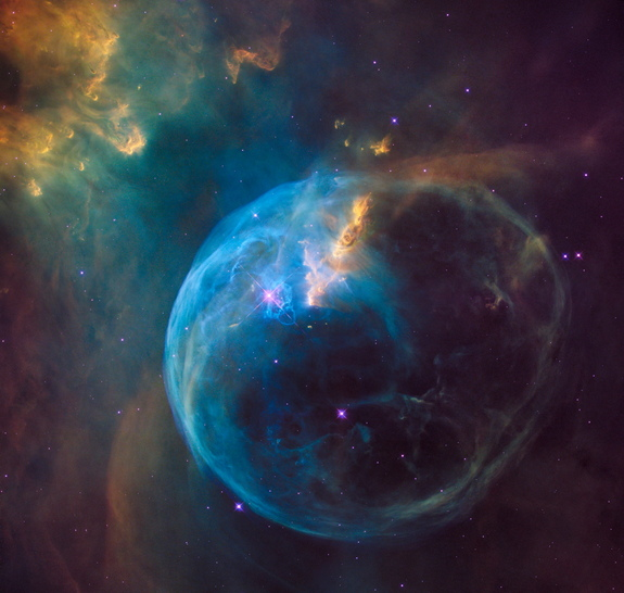 bubble-nebula-hubble-26th-anniversary.jpg?1461250794?interpolation=lanczos-none&downsize=640:*
