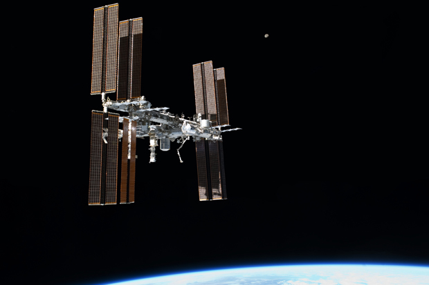 100,000 Orbits! Space Station Milestone Is Tribute To Human Ingenuity   Video