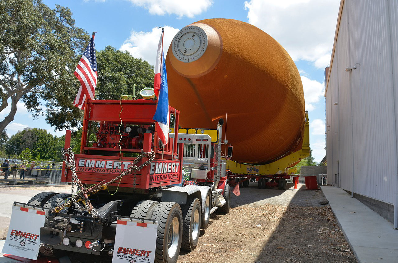 The External Tank Has Arrived! What's Next for L.A. Space Shuttle Display
