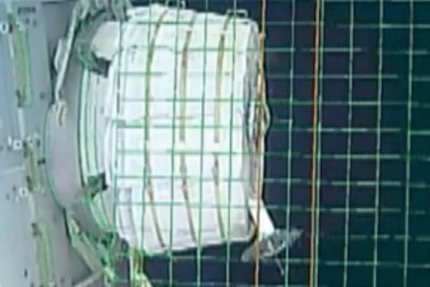 Bigelow Module On Space Station Fails To Deploy On First Try | Video