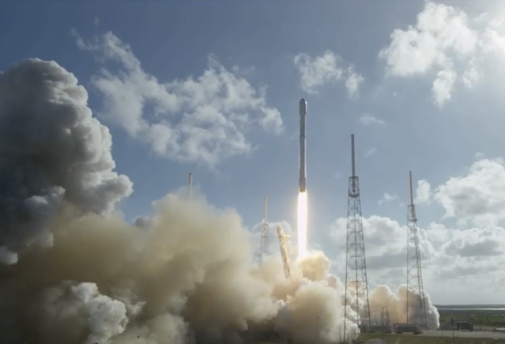 SpaceX Thaicom 8 Launch