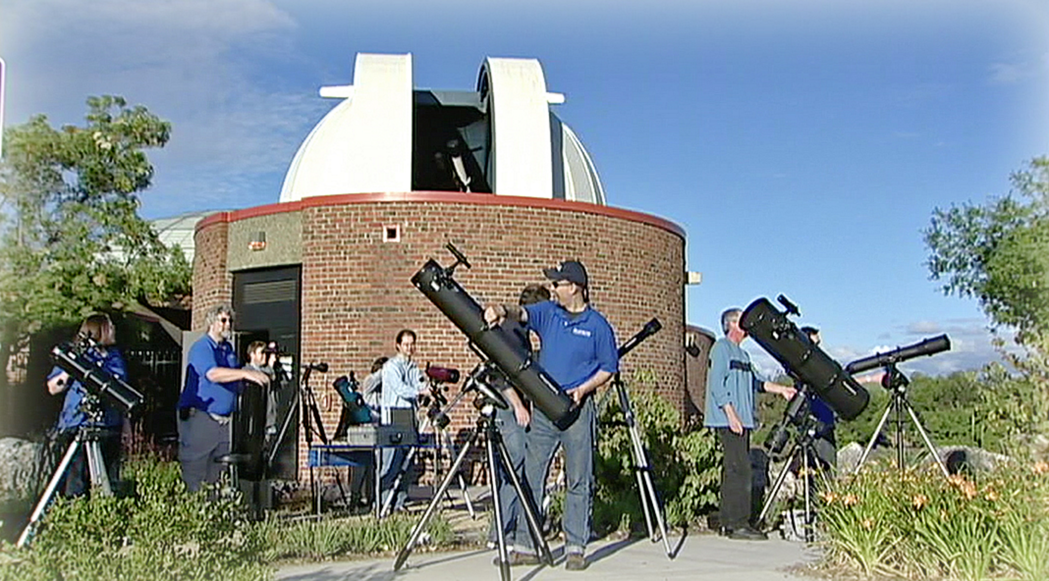 Gearing Up For A Star Party Image