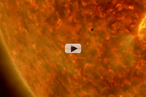 Mercury Transit 2016 As Seen From A Spacecraft | NASA UHD Video