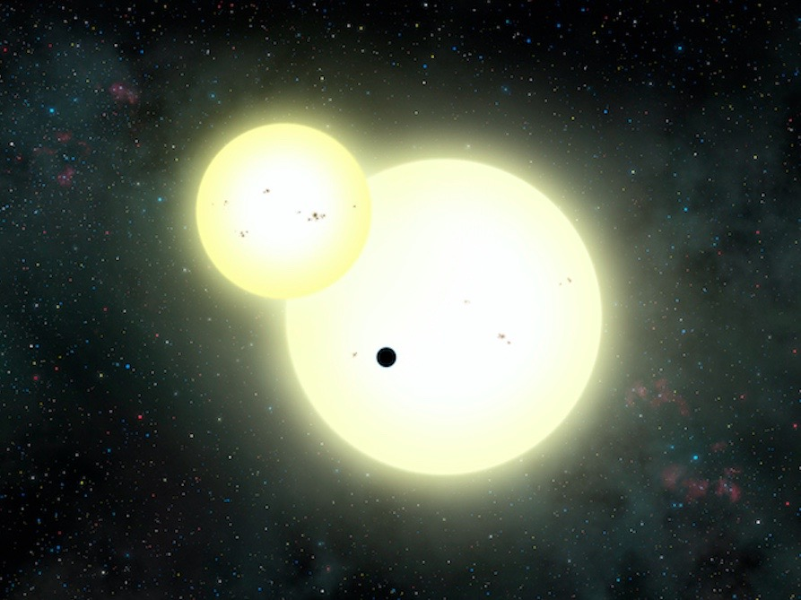 Jupiter-Size Alien World Is Biggest 'Tatooine' Planet with 2 Suns Ever Found