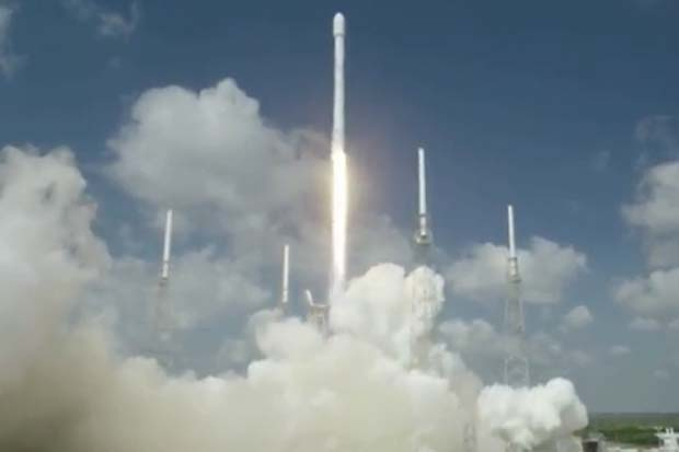 Liftoff! SpaceX Launches Two Communications Satellites | Video