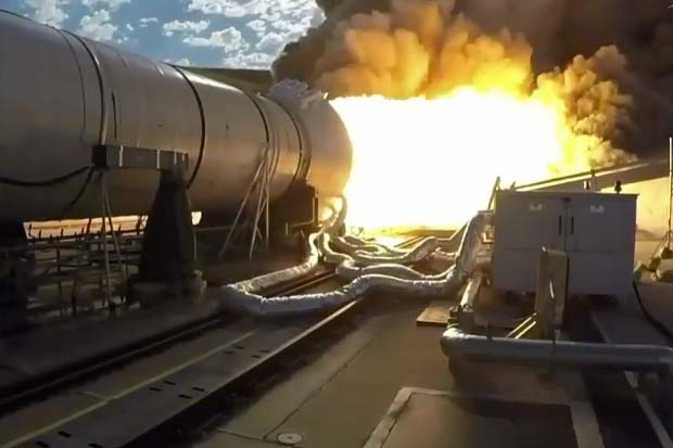 Huge Space Launch System Booster Test Fired In Utah | Video