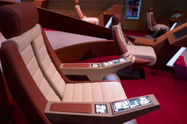 'Star Trek' Experience At NYC Museum Is Very Interactive - Fmr. NASA Astronaut Explains | Video