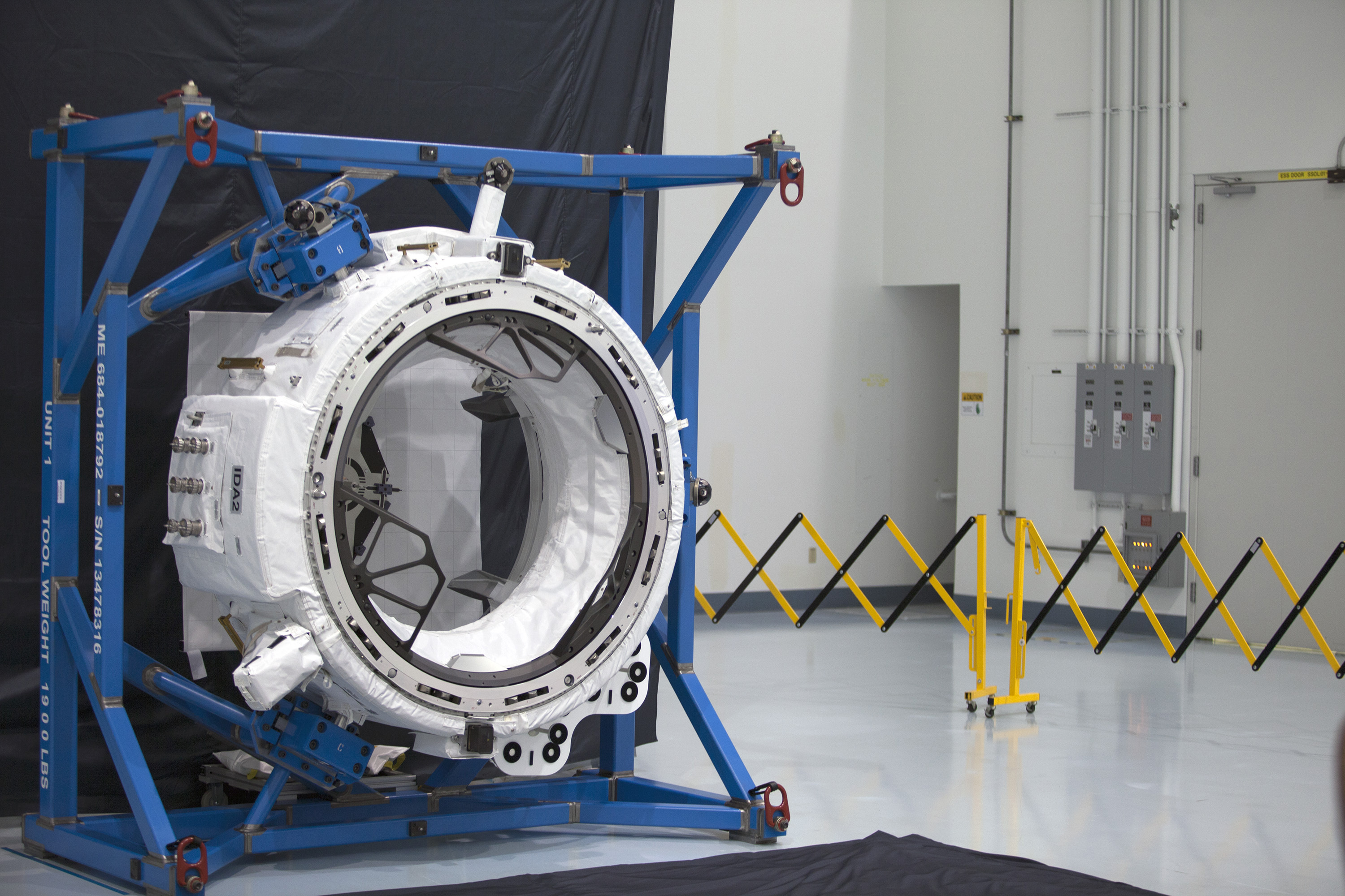 SpaceX to Launch Vital New Spaceship Docking Port for Space Station