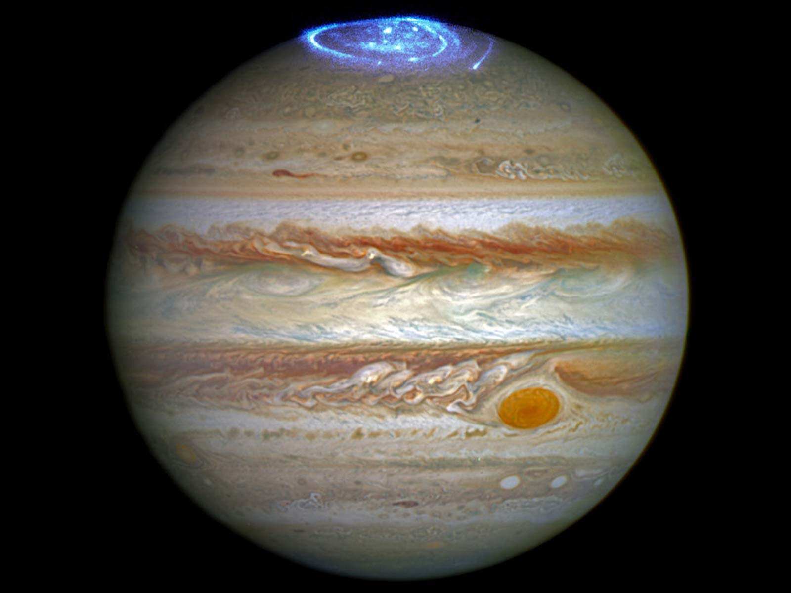 Dazzling Lights Crown Jupiter | Space Wallpaper