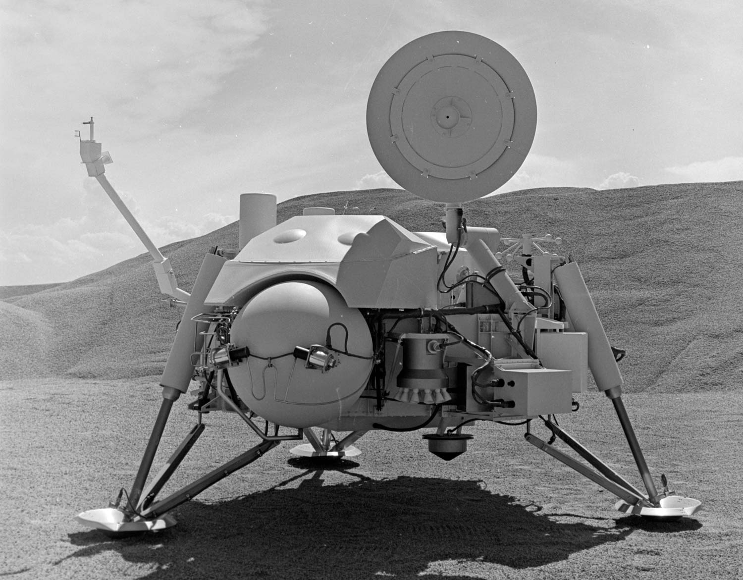 Viking 1: The Historic First Mars Landing in Pictures