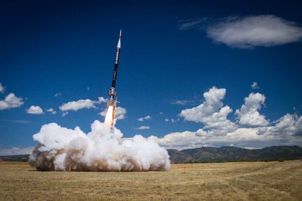 Career Launch: 50-Foot Rocket Built By Students Breaks Records