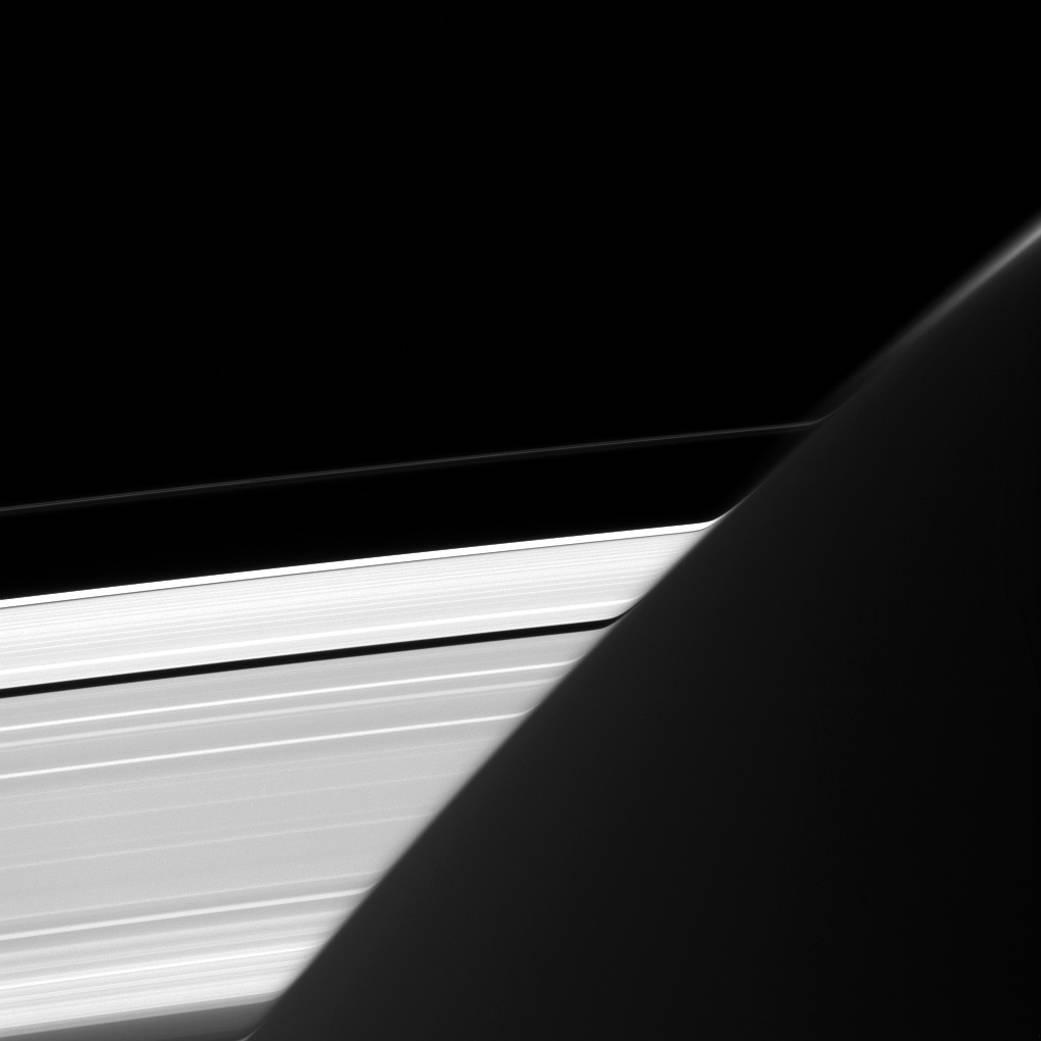 Saturn Rings Bent
