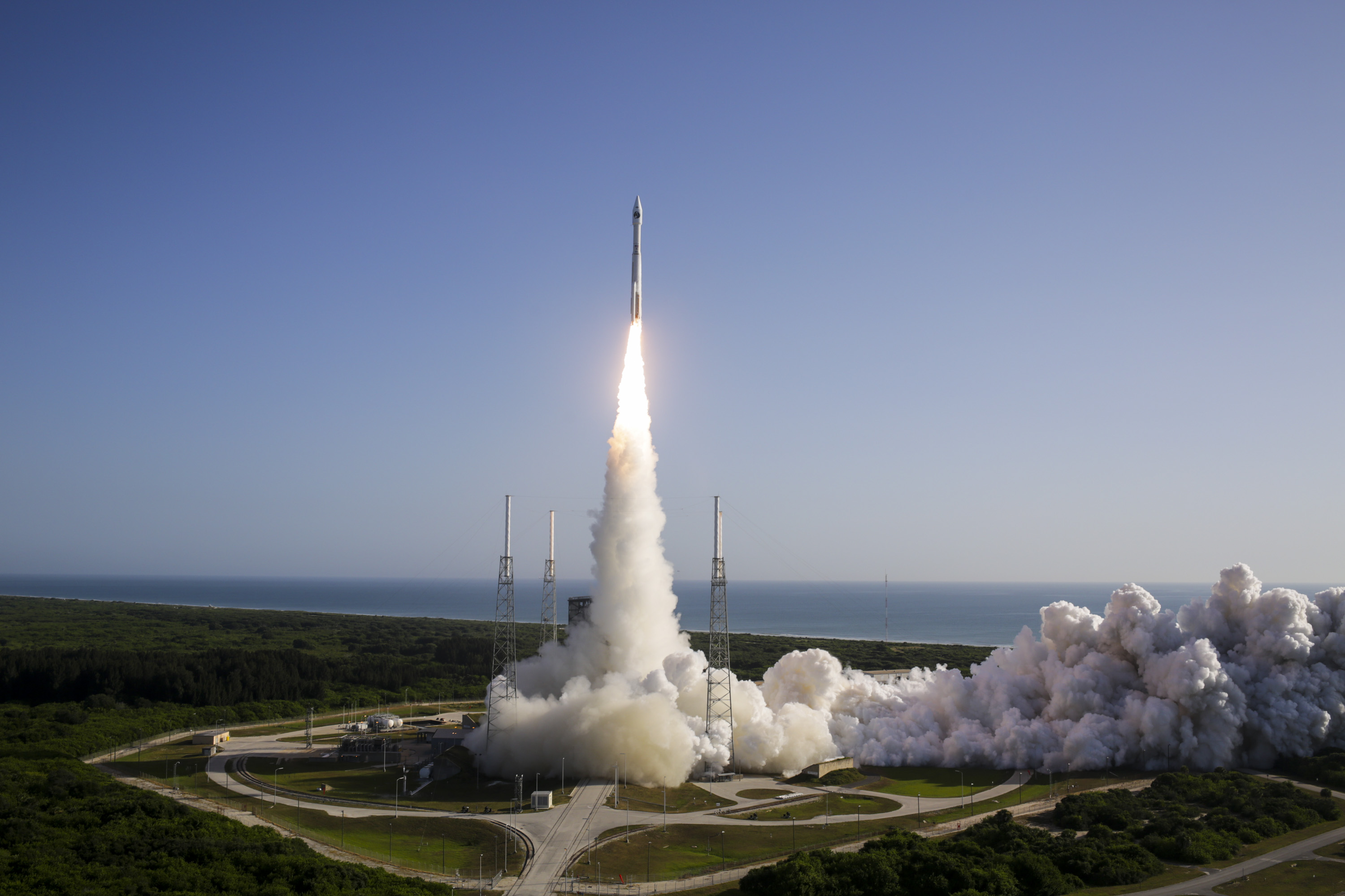 New American Spy Satellite Launches on Secret Mission