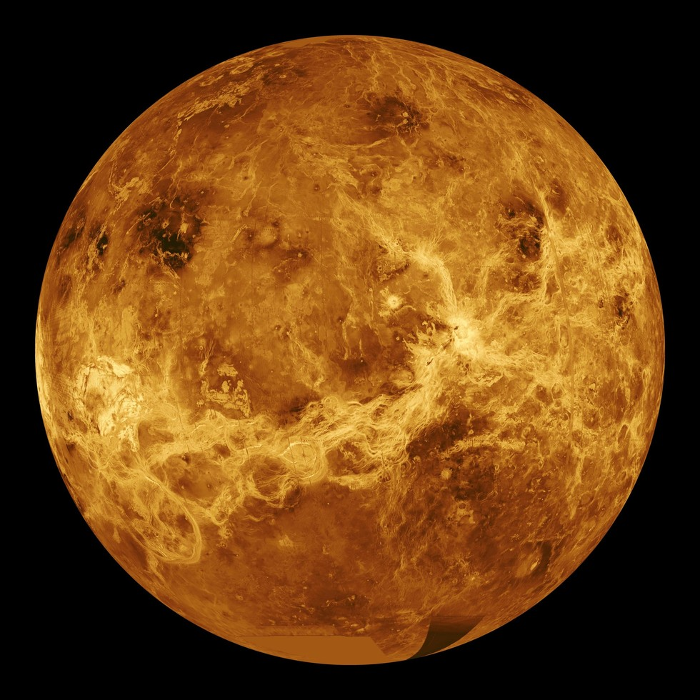 Venus Will Soon Unleash Its Brilliant (Evening) Star Power in the Sky