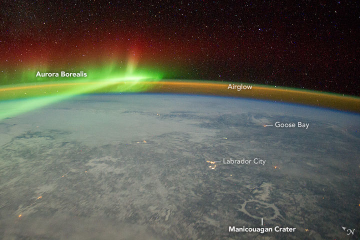 Wow! Northern Lights Glow in Breathtaking Image from Space Station