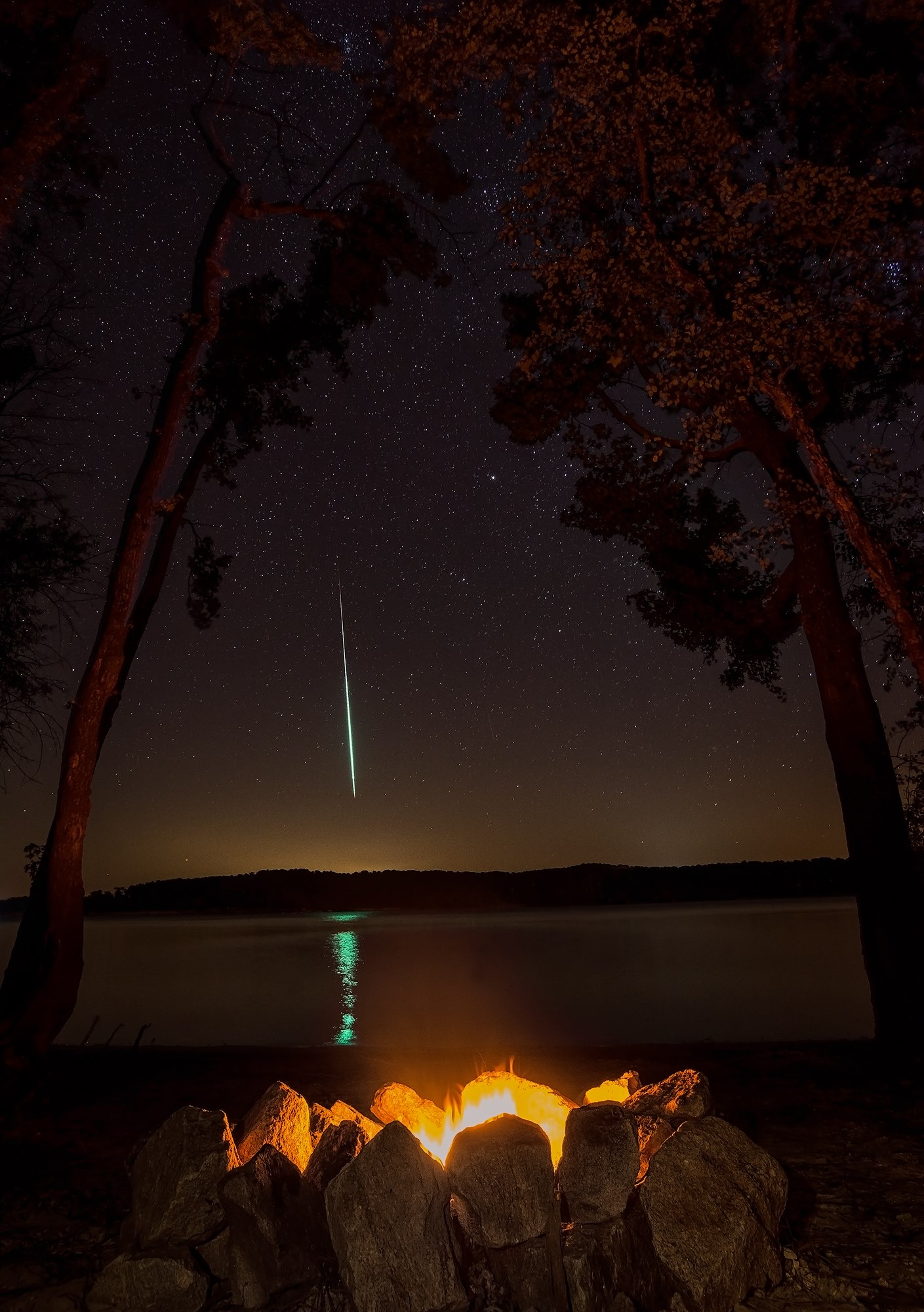 Wow! Perseid Meteor Shower Fireball Inspires a Skywatcher Happy Dance