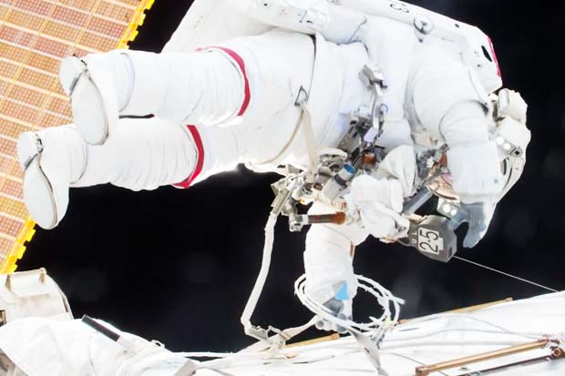 WATCH LIVE @ 2pm ET: NASA Discusses Next Space Station Spacewalk