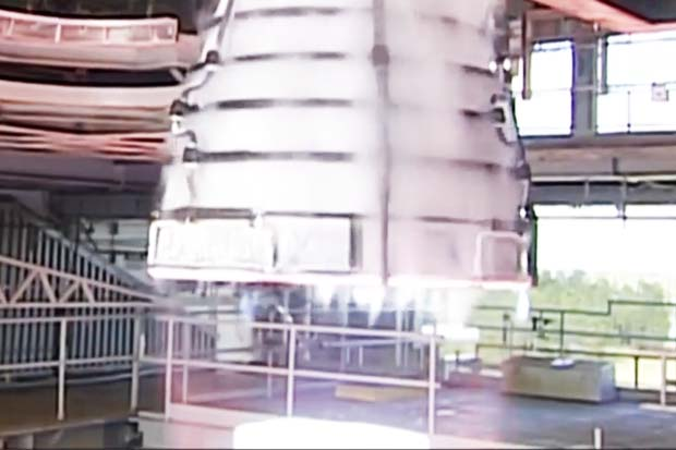 NASA's Space Launch System RS-25 Engine Test Fired | Video