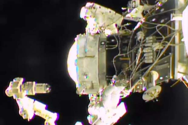 Spacewalk Highlights - International Docking Adaptor Installed On ISS | Video