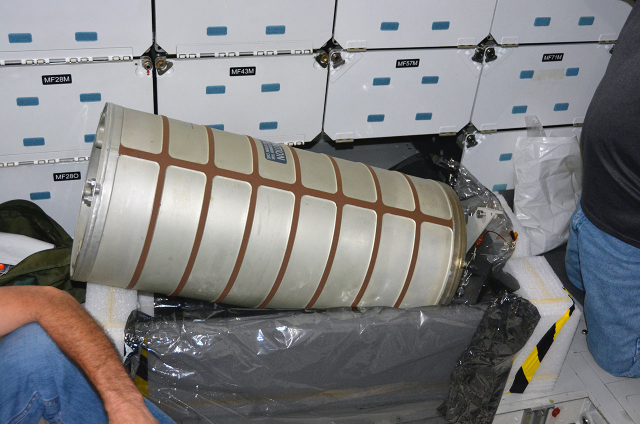 NASA Reinstalls Water Tank Reclaimed from Space Shuttle Endeavour