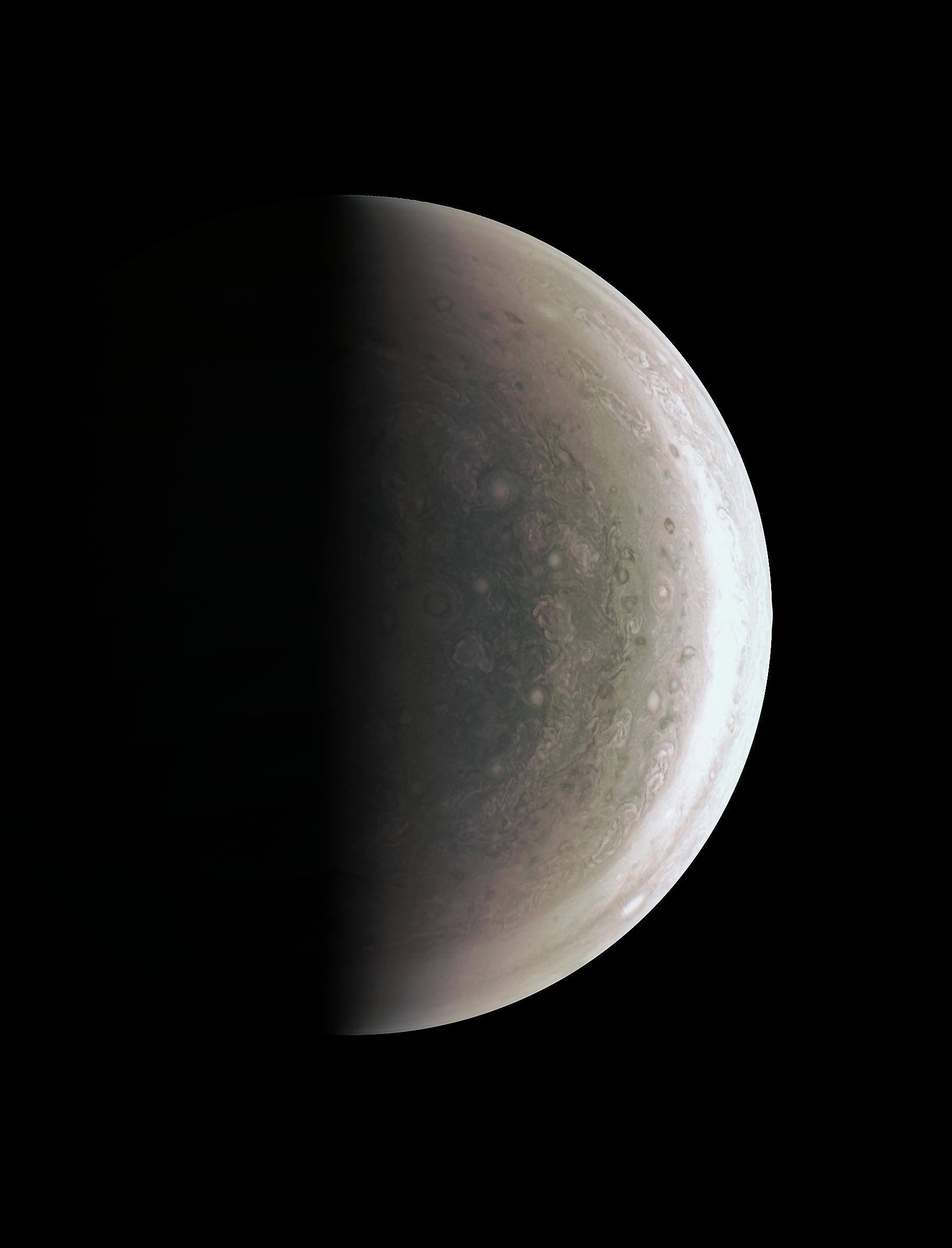 JunoCam sees Jupiter's south pole