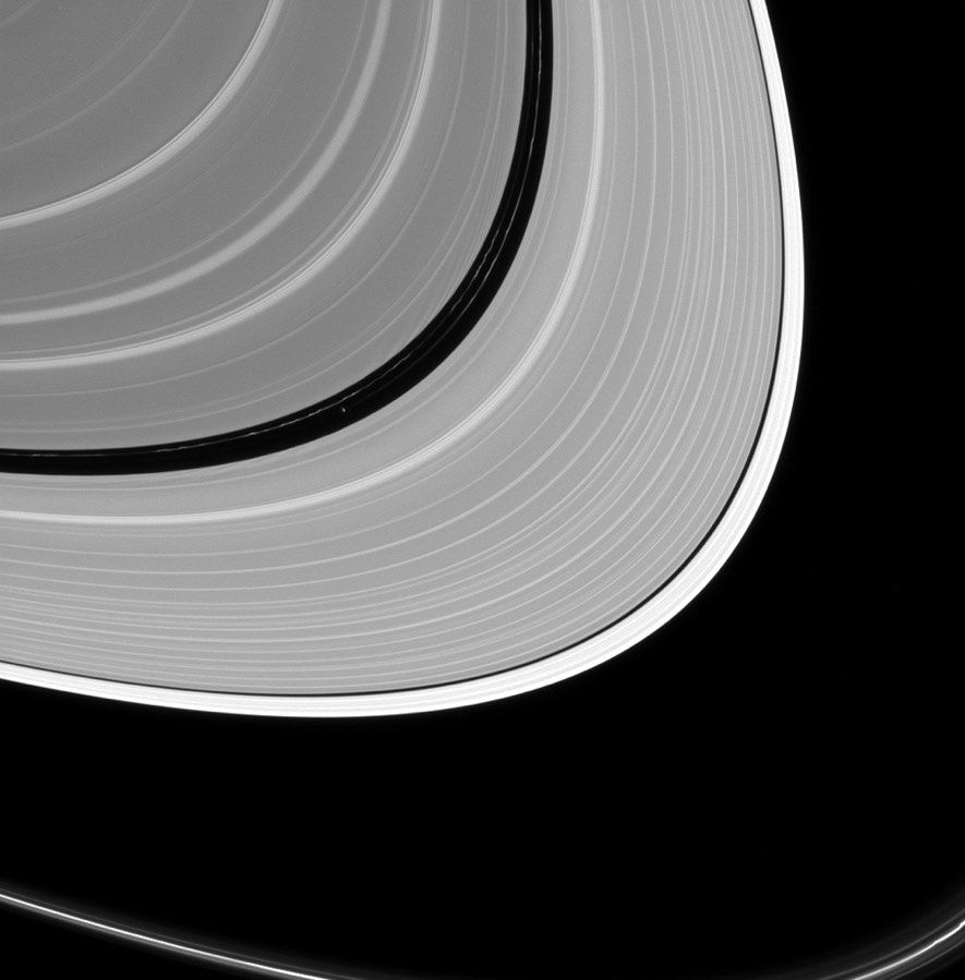 Moon Speck Captured in Stunning View of Saturn's Rings