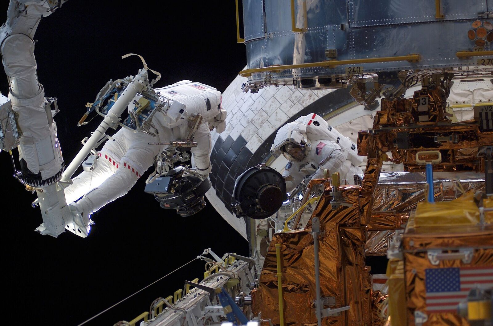 'Spaceman' Speaks! Astronaut Mike Massimino Takes Questions Live Tuesday