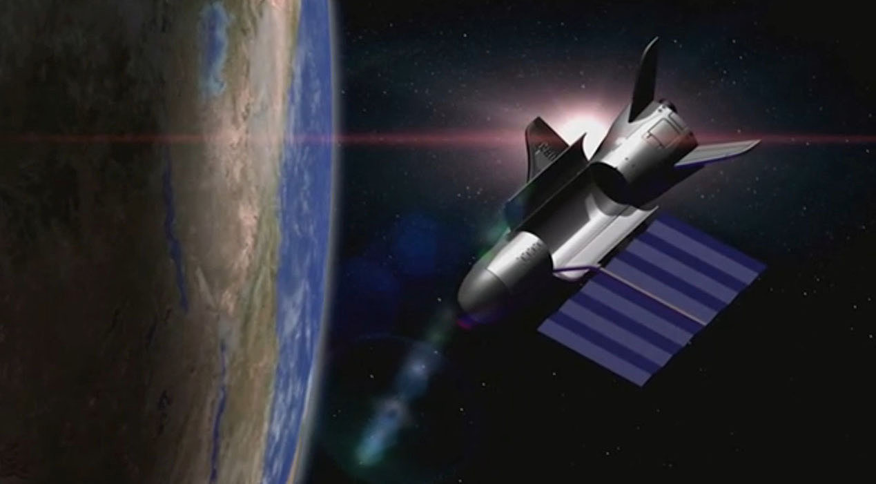 Air Force's X-37B Space Plane Mystery Mission Wings by 500 Days in Orbit