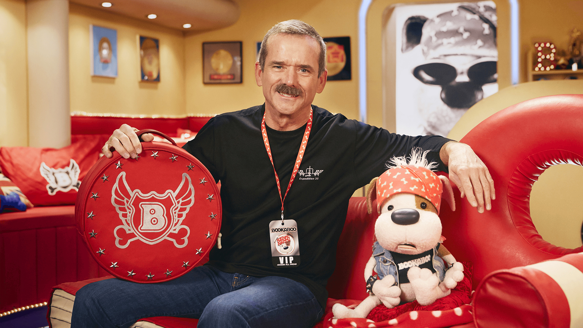 Watch Astronaut Chris Hadfield Read to an Adorable Puppet Dog