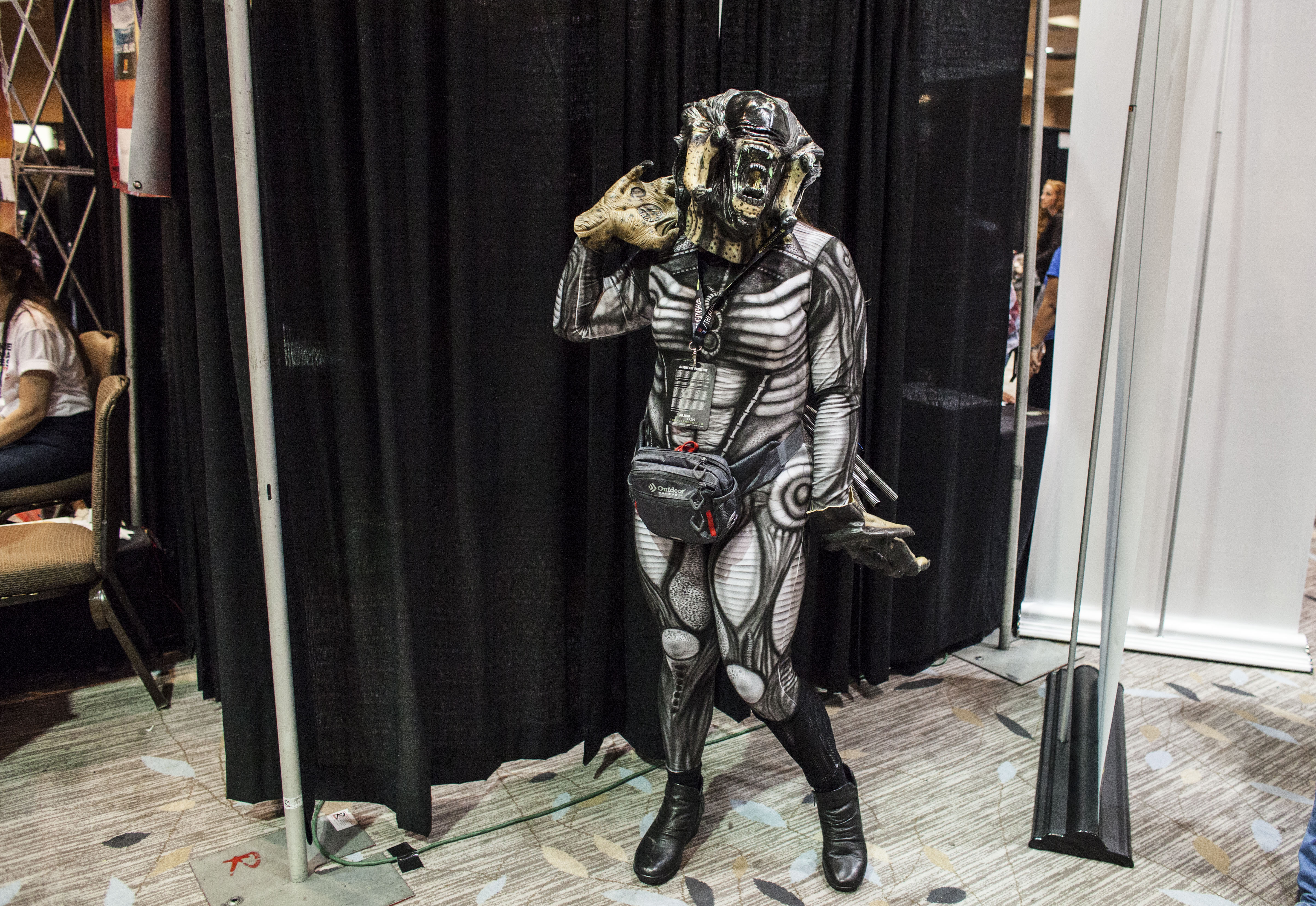 Extraterrestrials Invade California! Alien Con 2016 in Photos
