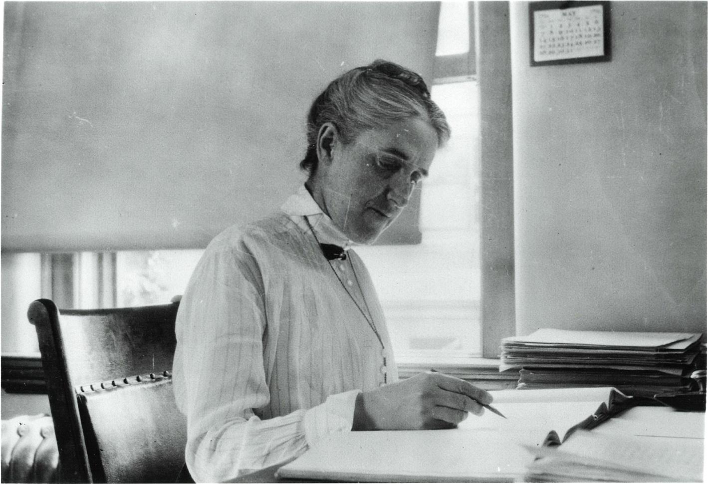 Henrietta Swan Leavitt: Discovered How to Measure Stellar Distances