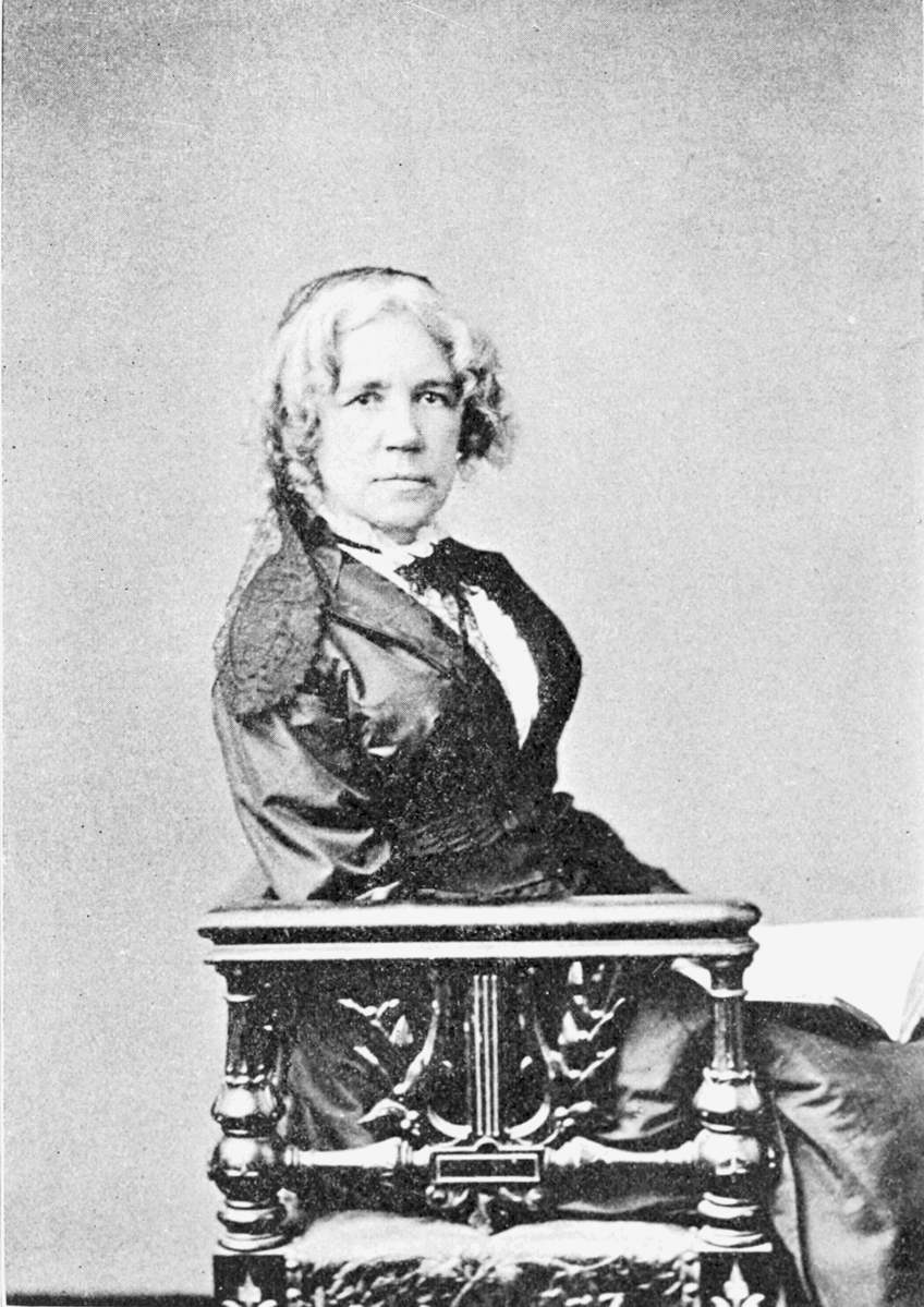 maria mitchell The first female astronomer in the united states, maria mitchell was also the first american scientist to discover a comet, which brought her international acclaim.