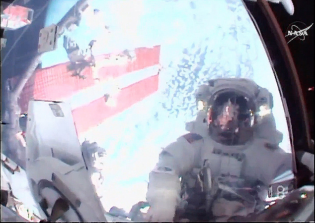Astronauts Breeze Through Spacewalk to Boost Space Station ...