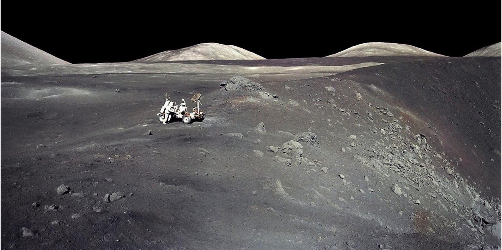 After Cernan, Only Six Apollo Moonwalkers Remain