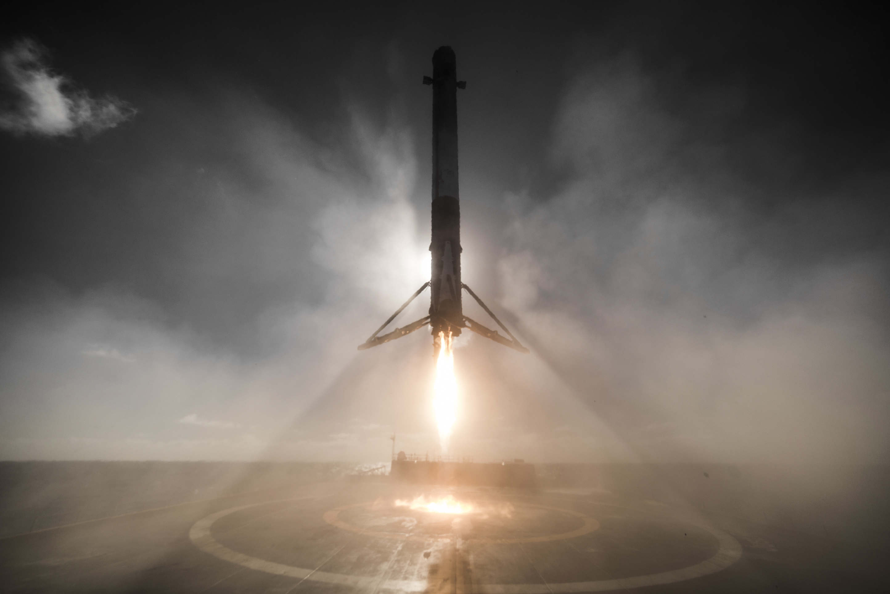 These SpaceX Rocket Landing Photos Are Simply Jaw-Dropping