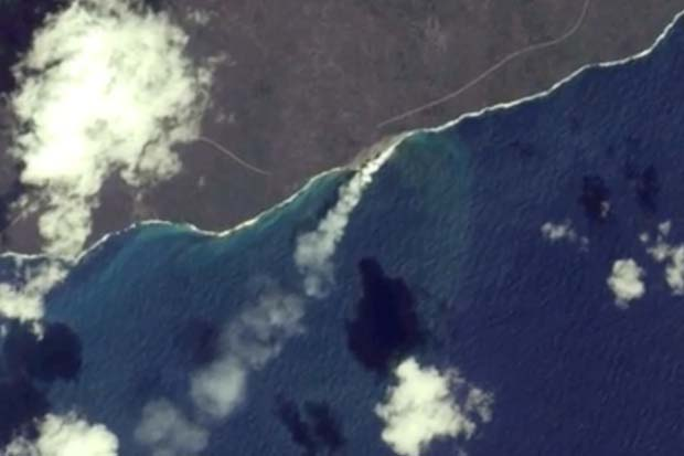 Hawaiian Road Cut Off By Lava Flow Seen From Space | Video