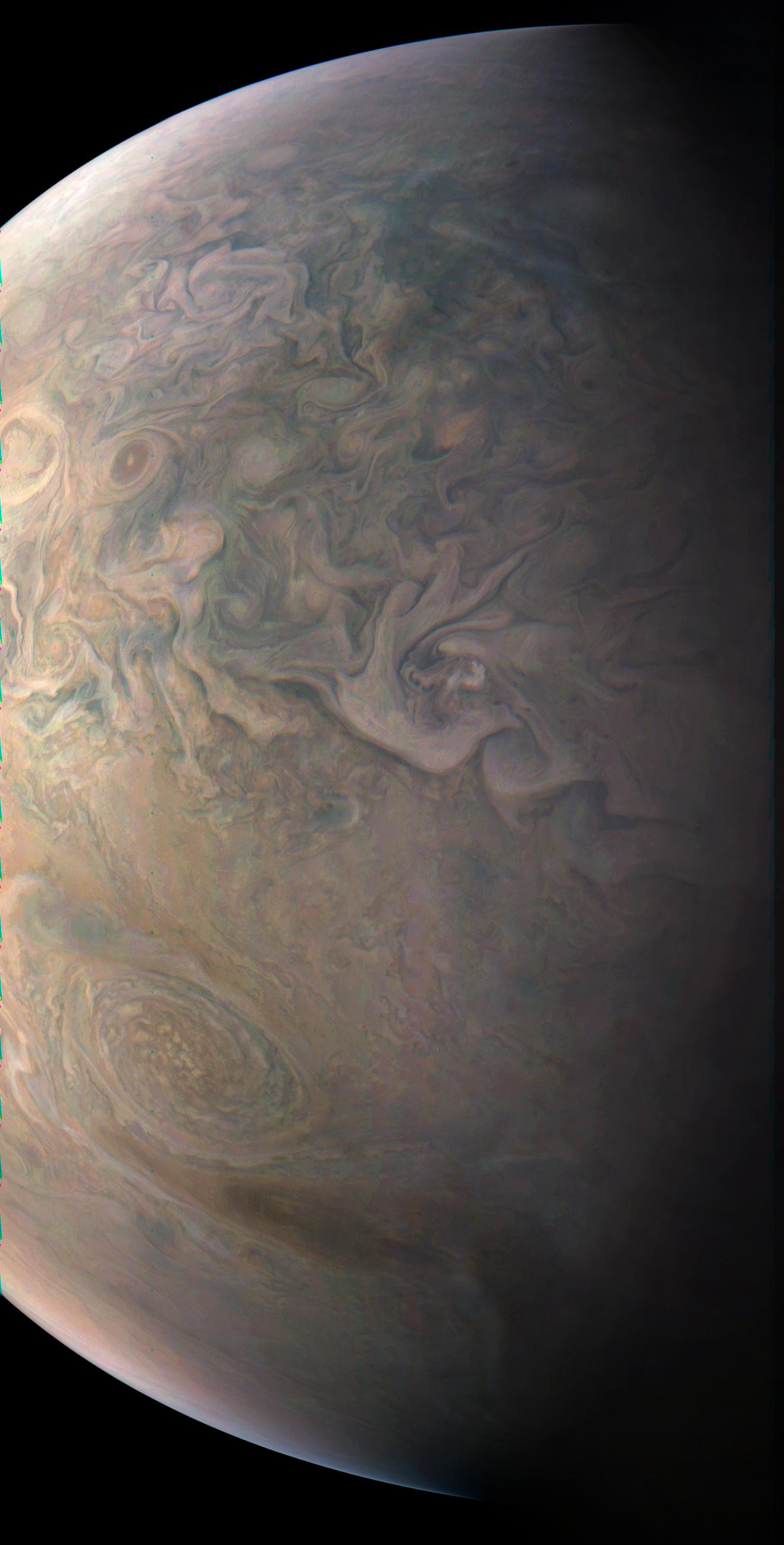 Jupiter's Little Red Spot Eyed by NASA Spacecraft (Photo)