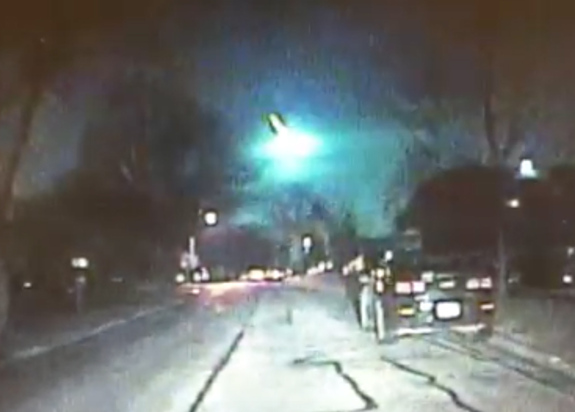 Jim Dexter of the Lisle Police Department in Lisle, Illinois saw a meteor moving through the sky, and quickly turned on the dashboard camera in his car to capture the event.