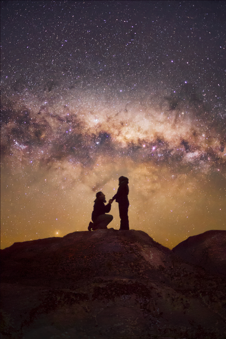 Starry Valentine: A Galactic Proposal & More Romantic Astrophotography