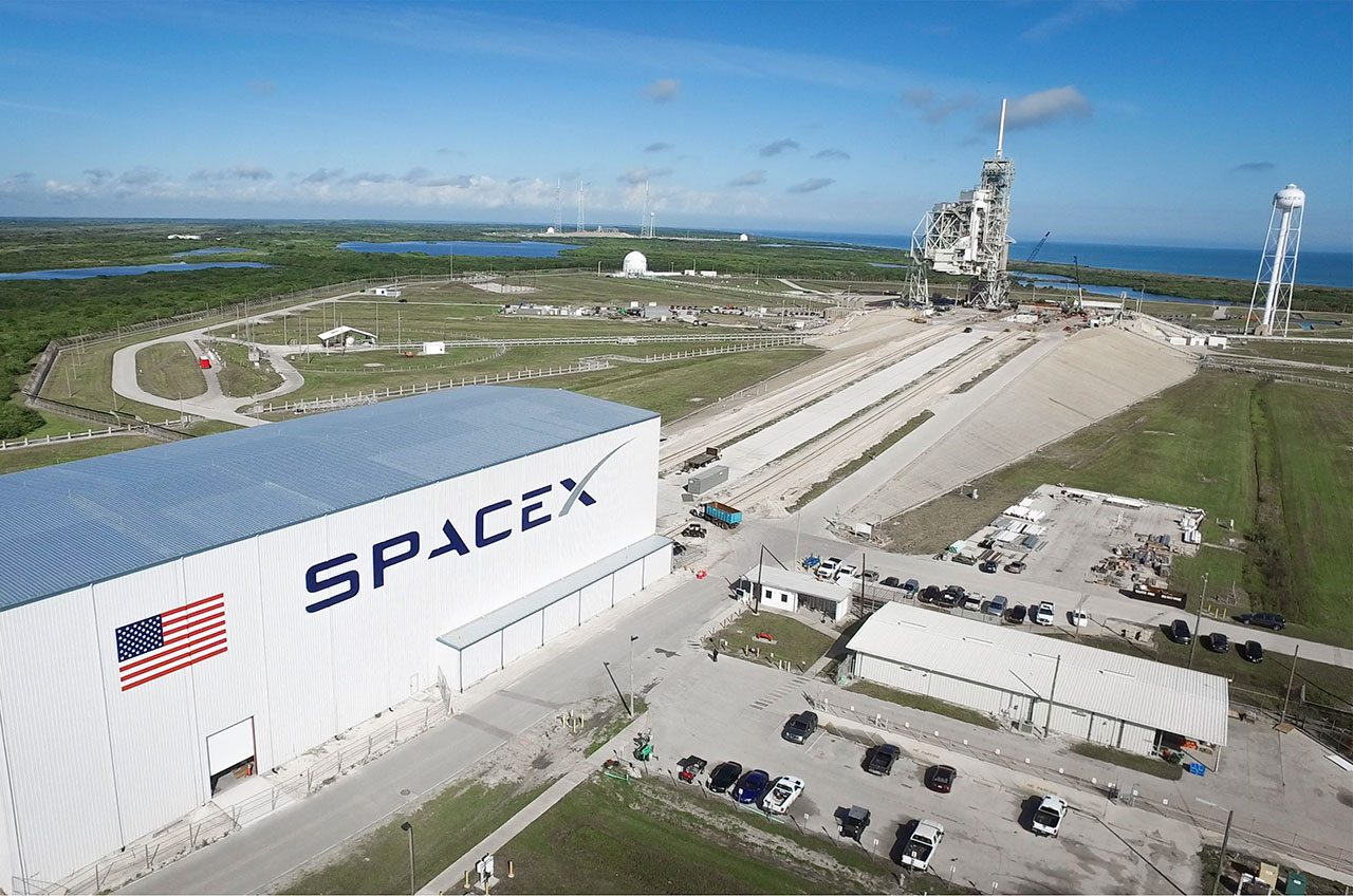 SpaceX Falcon static fire reignites historic NASA launch pad