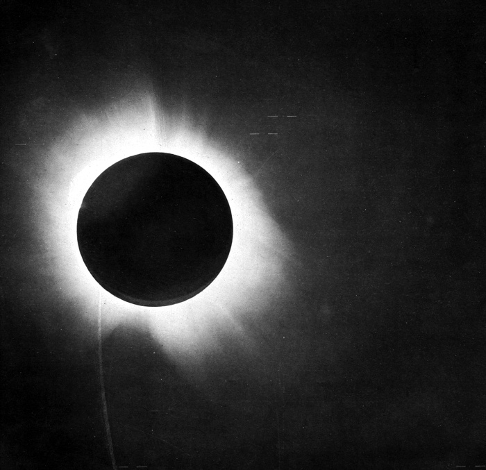 The 8 Most Famous Solar Eclipses in History