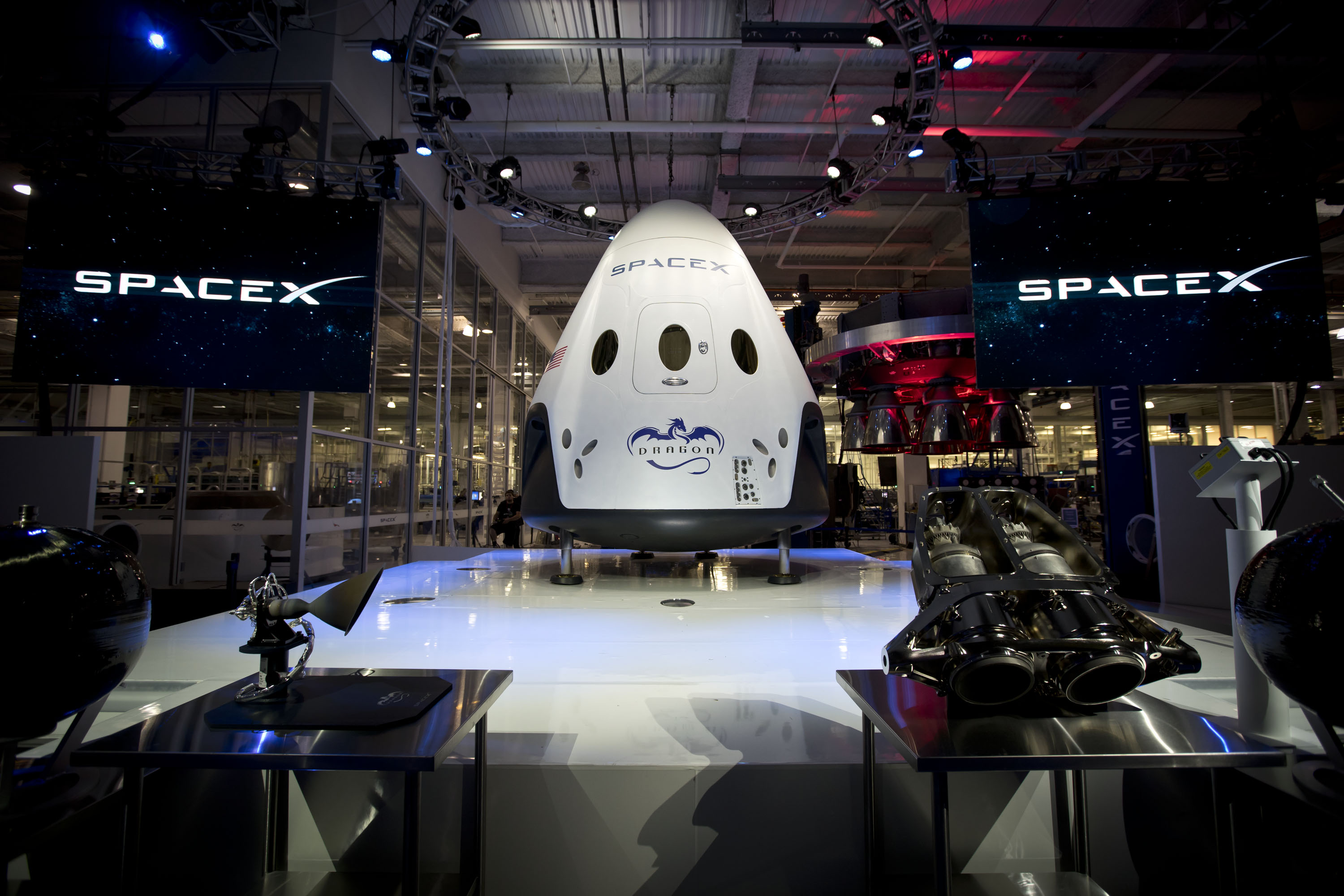 Moonshot pad roaring back into action with SpaceX launch