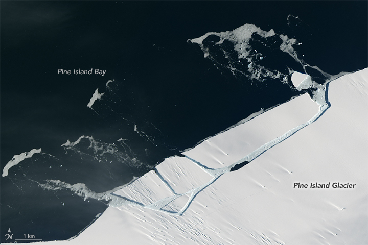 NASA Satellite Spots Mile-Long Iceberg Breaking Off of Antarctic Glacier